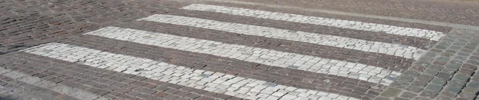 Neue Zebrastreifen in Berlin 2010: 14, 2011: 42. Durchschnittskosten 30.330 € (12.700 € bis 76.600 €)